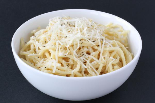 spaghetti_creamy_garlic