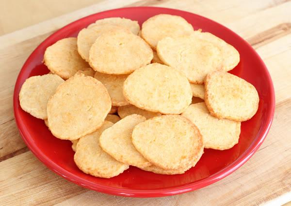 parmesan_crackers
