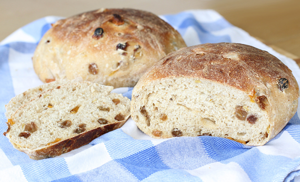 sourdough_fruit_loaf