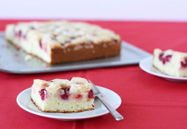 rasp_buttmlk_cake